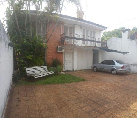 Casa En B° Jara