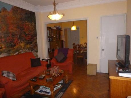 Amplio Apartamento En Centro, 3 Dormitorios 2 Baños Centro