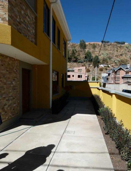 Casa En Venta En Achumani La Paz $us 175,000