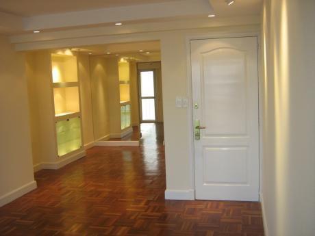 Alquiler Apartamento Rbla. Gandhi 2 Dormitorios Y Servicio
