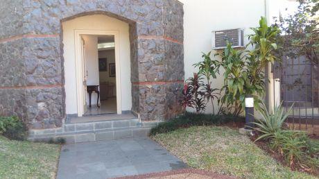 Vendo Casa - Barrio Carmelitas
