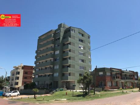 Frente A La Playa- Equipado-con Cochera-inmobiliaria Calipso