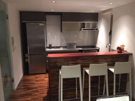 Venta Apartamento 2 Dormitorios, 2 Baños, 2 Garajes En Punta Gorda