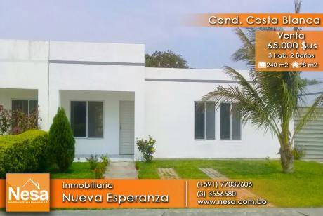 Bonita Casa En Venta - Condominio Costa Blanca