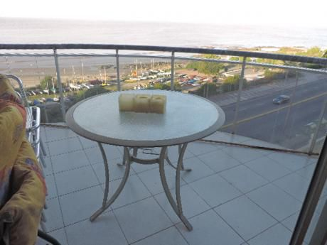 Rambla Malvin. Vista! Balcón, Living Comedor, 3 Dorms, 2 Baños(suite).alq.gge.