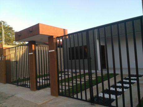 Hermosa Casa En Venta A Estrenar En Urb. Valle Aqualand