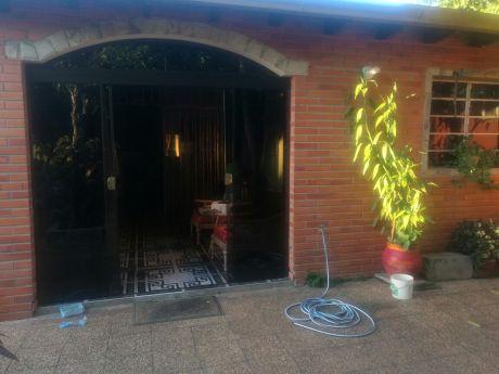 Vendo Chalet Tres Dormitorios En Palma Loma -luque