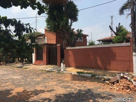 Vendo Casa Zona Mcal Lopez Club Olimpia Especial Para Inversionistas