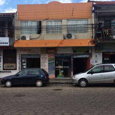 Casa Comercial En Zona De Imprentas