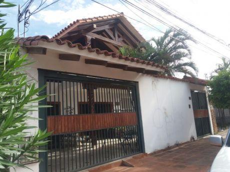 Casa En Venta Entre 2do Y 3er Anillo Av. Mutualista