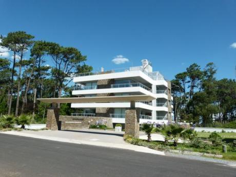 Penthouse En Venta En Edificio Rincón Del Bosque: La Tranquilidad Del Bosque A Dos Cuadras Del Mar!
