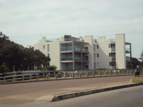 Departamento En Alquiler A Pasitos Del Mar La Barra