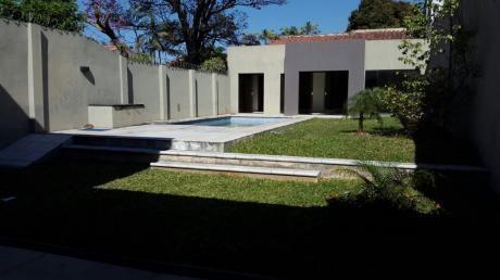 Hermosa Casa De 5 Dormitorios En Suite. Con Piscina Barrio Herrera 3.500 + Iva