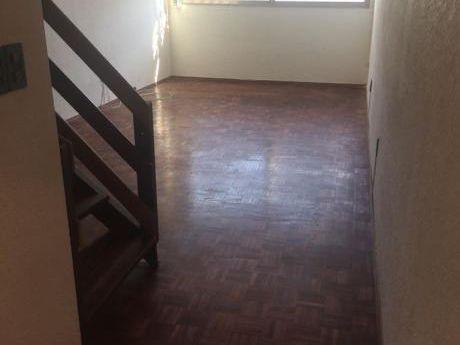 Apartamento Duplex Bien Ubicado