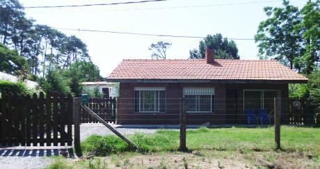 Casa Nueva En Piriápolis Excelente Construcción Tradicional En Barrio Country