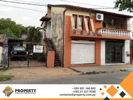 Vendo Casa En Asuncion - A Media Cuadra De Colon