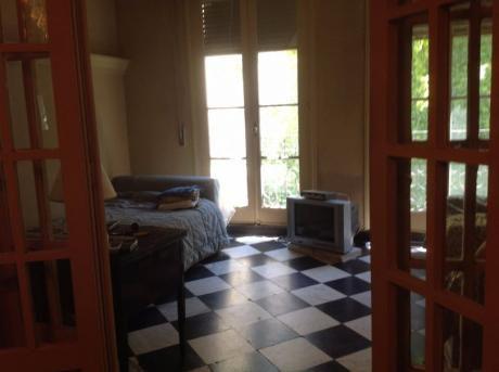 Casa De Altos Con Muebles
