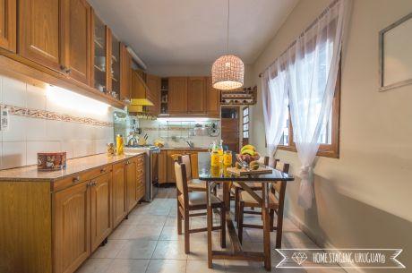 DueÑo Vende Casa En Buceo 4 Dorm 3 BaÑos Garage X3 Fondo Con Barbacoa