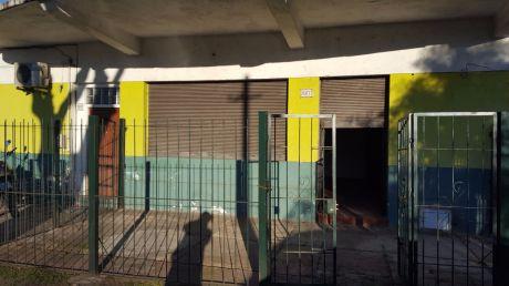 Ref K109, Local Comercial En Vaz Ferreria Y M Rodriguez Correa