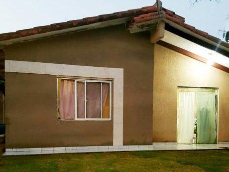 Casa Economica En Urbanizacion El Quior