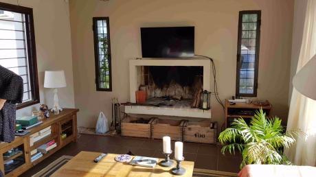 Pinar Sur, A Dos Cuadras De Rambla, Moderna Casa En 900m2