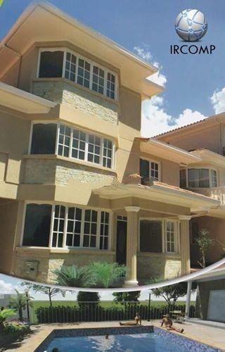Casa En Venta En Tiquipaya Cochabamba $us 190,000