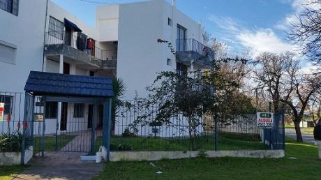 Apartamentos De 1 Y 2 Dormitorios