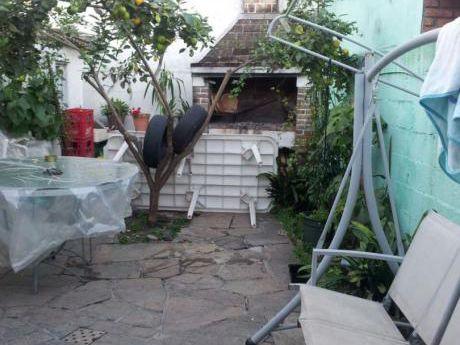 Casa En Malvín.-