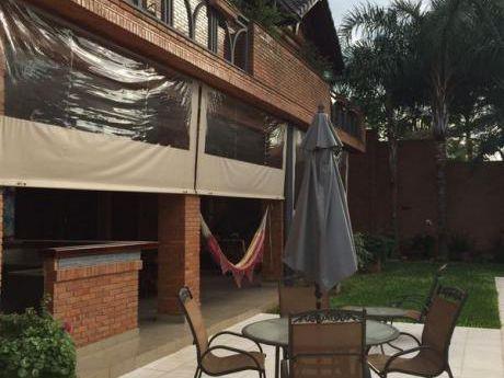 Residencia En B° San Cristobal Con 4 Suites Totalmente Amoblado Y Equipado (467)