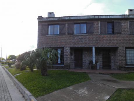 Casa-apartamento En Cooperativa De Vivienda Coiv89