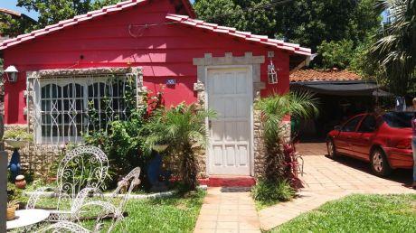 Casa En Zeballos CuÉ, Asuncion