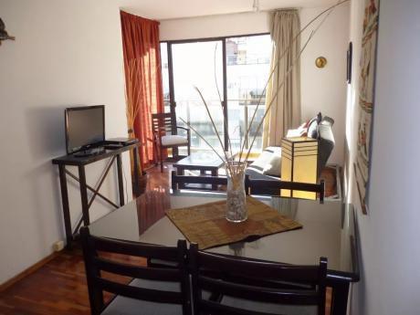 Villa Biarritz Amueblado. 1 Dor. 45m2. Piso 9 Al Frente. Vig 24. Opción Gje.