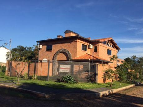 Vivienda En Luque-zona Conmebol