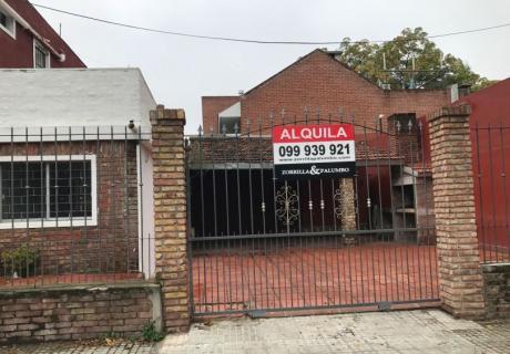 Casa En Juan C. Blanco  Cochera X 4 Autos, Patio  C/ Parrillero - Prado