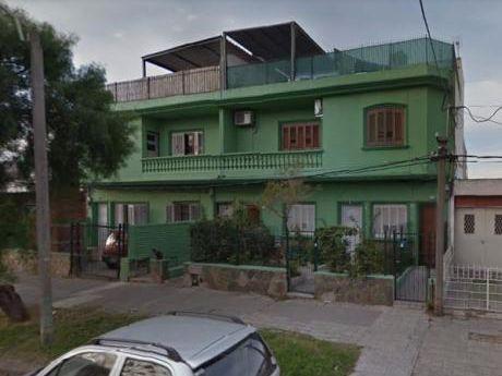 Apartamento A Reciclar En Anzani Y Tomás Gómez
