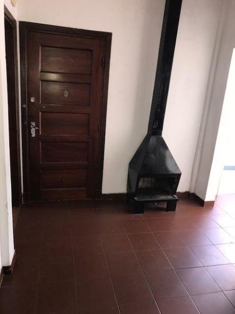 Apartamento En Una Excelente UbicaciÓn Muy CÓmodo  Isla De Flores Y Ejido,