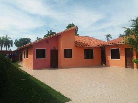 Bonita Y Amplia Casa En Venta
