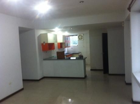 Departamento En Venta En 2do Anillo, Zona Norte Santa Cruz $us 89,000