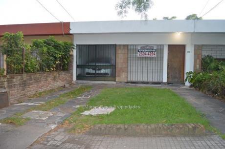 Av. Rivera Entre General Paz Y Priamo.