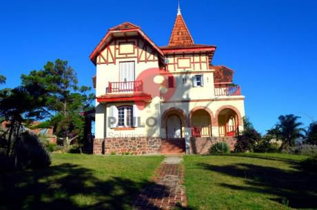 Casa En Playa Verde ( Ref 1048 )