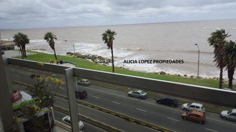 Apartamento En La Rambla De Punta Carretas