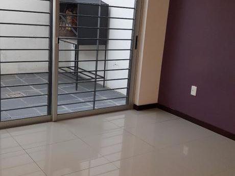 Alquilo Departamento Un Dormitorio Moderno Con Patio Y Parrillero