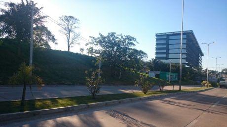 Colinas Del Urubo Terreno Centro Empresarial