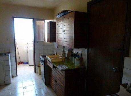 Departamento En Alquiler En Achachicala La Paz $us 650