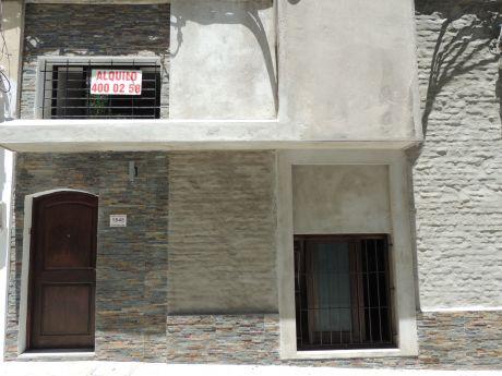 Alquilo Casa Reformada A Nuevo En Excelente Ubicación!!