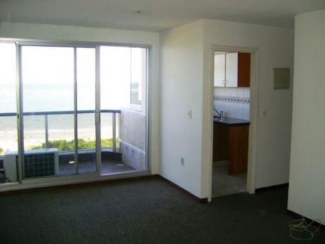 Alquiler De Apartamento 1 Dormitorios En Malvin, Montevideo