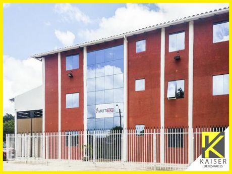 Edificio De Oficinas Con Galpon