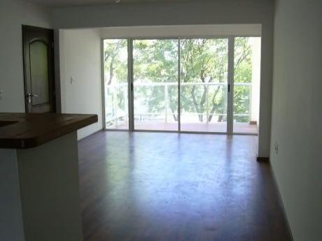 Venta Apartamento 2 Dormitorios  Con Gge Puerto Del Buceo