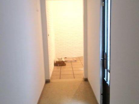Muy Amplio Apartamento Con Patios En Excelente Ubicación