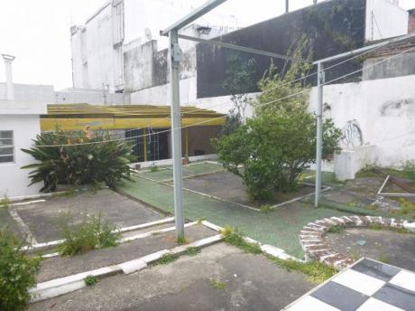 Casa En Palermo 4 Dormitorios Garage Buen Metraje